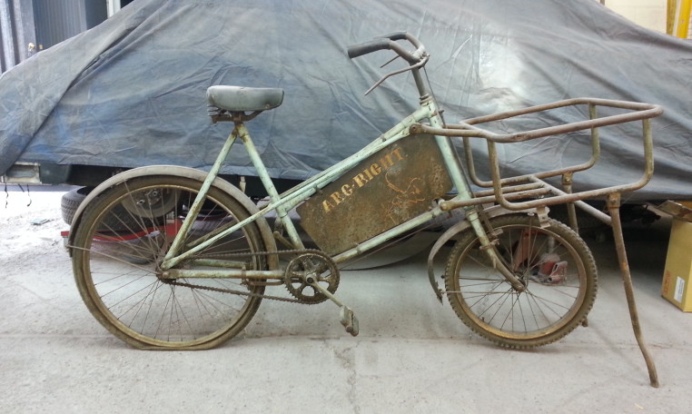 Old trade bike waiting for its repaint