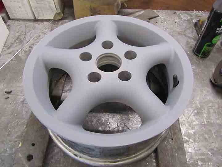 alloy wheel repair primer stage.